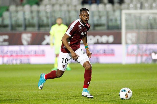 Officiel: Cheick Doukouré quitte Metz pour Levante