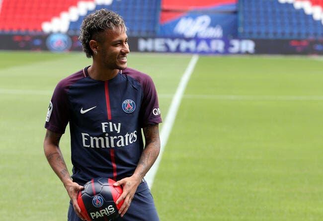 PSG: Neymar, ça ne suffit pas pour la C1 prévient Riolo