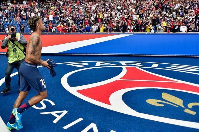 PSG : St Tropez, boite, acrobaties et Beyonce, Neymar part fort