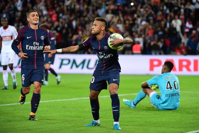 PSG : Neymar marque au Parc et fait le Charo pour Matuidi