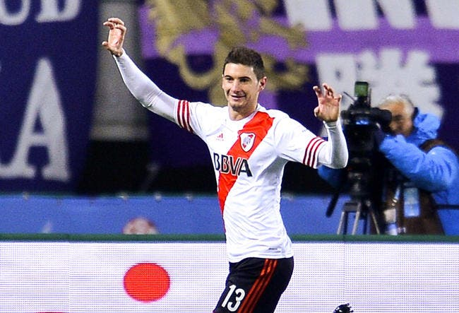 Officiel : Courtisé en L1, Lucas Alario file en Bundesliga