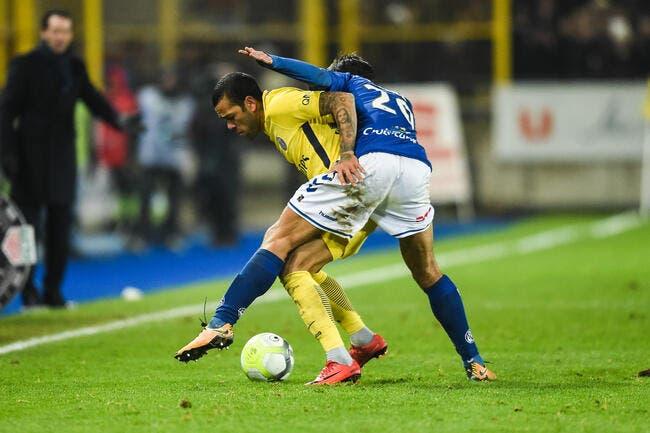 PSG : Dani Alves rigole presque de «ce petit accident»