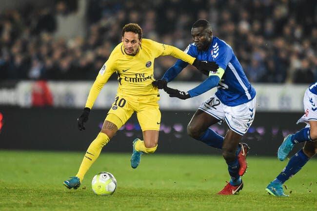 PSG : Neymar, c'est pas Mitroglou ou Soderlund, il faut le protéger balance Ménès