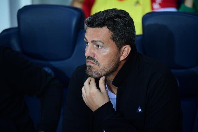 Deux clubs de L1 le veulent, Oscar Garcia joue aux devinettes