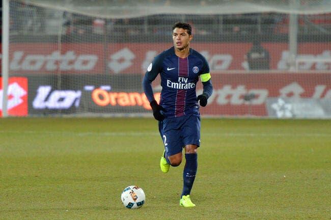 PSG : Avec Emery, Paris sera à 12 contre le Barça assure Thiago Silva