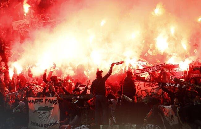 ASSE: L'UEFA ne laisse pas passer les fumigènes à Manchester