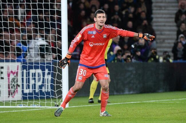 OL : Gorgelin veut rassurer les supporters de Lyon