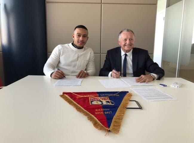 OL: Memphis Depay rugit de plaisir de signer à Lyon