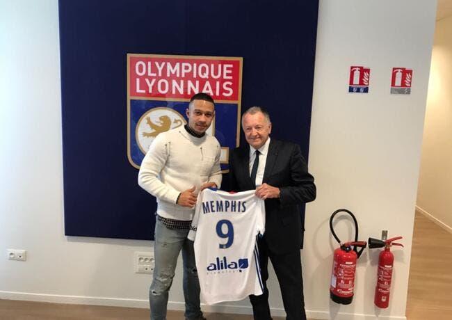 PSG, OL - Mercato : Kluivert a tenté de détourner Memphis Depay !