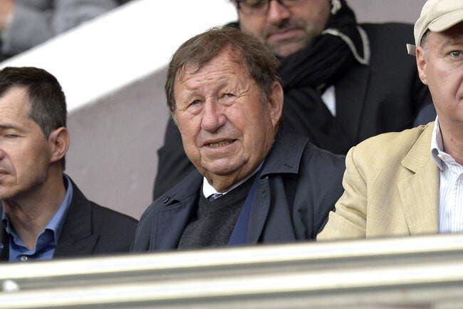 AJA: Guy Roux a gagné, Jean-Pierre Papin déjà éjecté d'Auxerre
