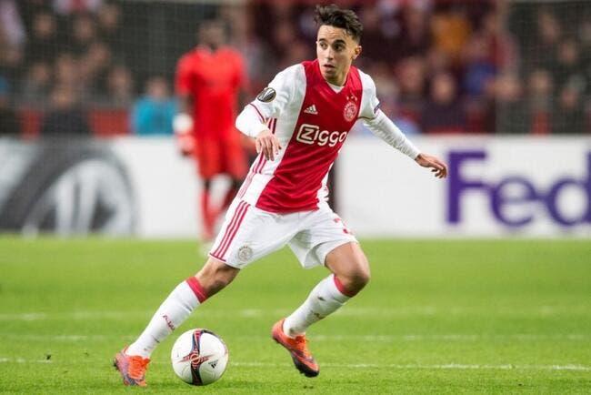 Football: Un joueur de l'Ajax victime d'un arrêt cardiaque en plein match