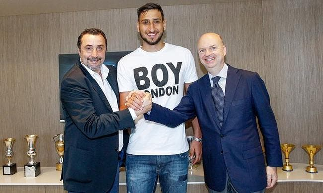Donnarumma prolonge finalement au Milan AC — Officiel