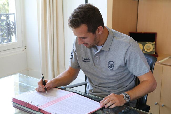 Officiel : Jovanovic signe à Bordeaux jusqu'en 2021