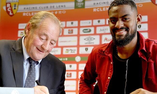 Officiel : Un jeune défenseur débarque du Portugal à Lens