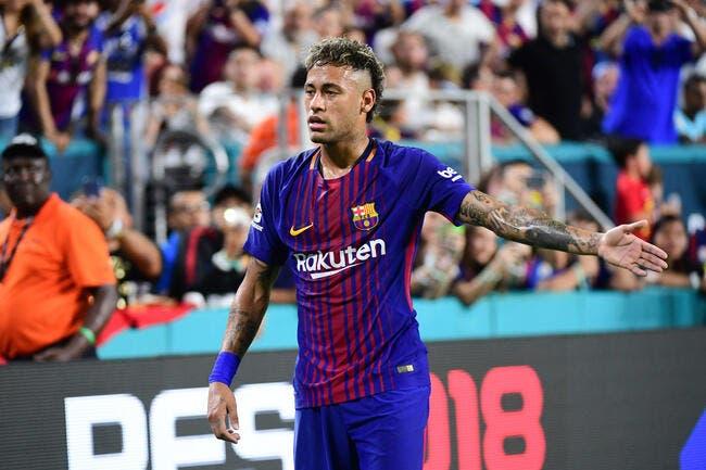 Neymar annonce son départ à ses coéquipiers — FC Barcelone
