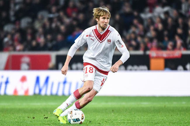 Bordeaux - Mercato : Jaroslav Plasil prolonge son contrat