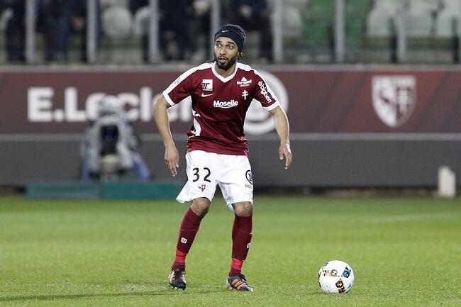 Officiel: Assou-Ekotto prolonge le plaisir à Metz