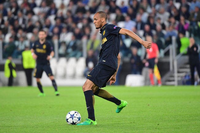 Mercato : le PSG relance Fabinho, Man Utd discute encore