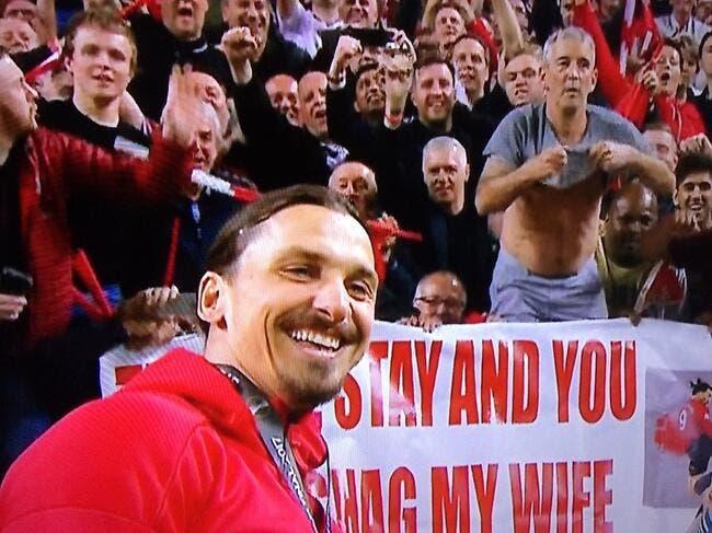 EL : Zlatan fait un selfie devant un fan qui lui fait une offre classée X