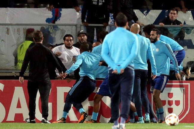 OM: Evra et des joueurs se battent avec les supporters marseillais!