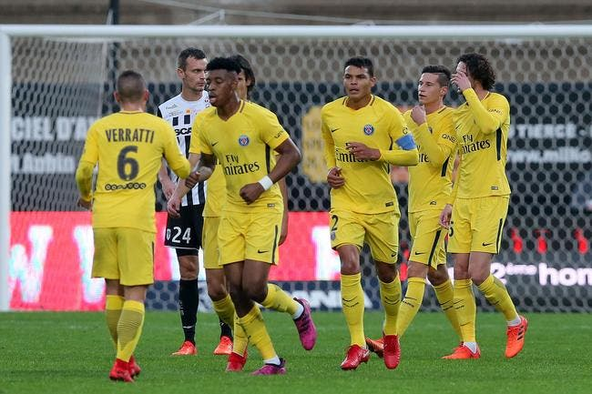 Angers - PSG : 0-5 - Foot 01