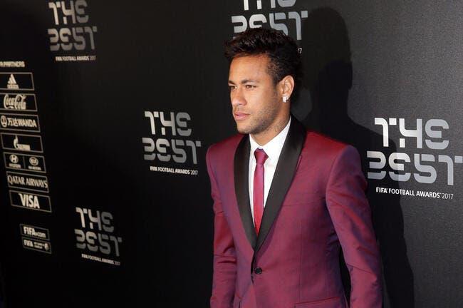 PSG : Neymar en boîte de nuit, c'était bidon..ou pas