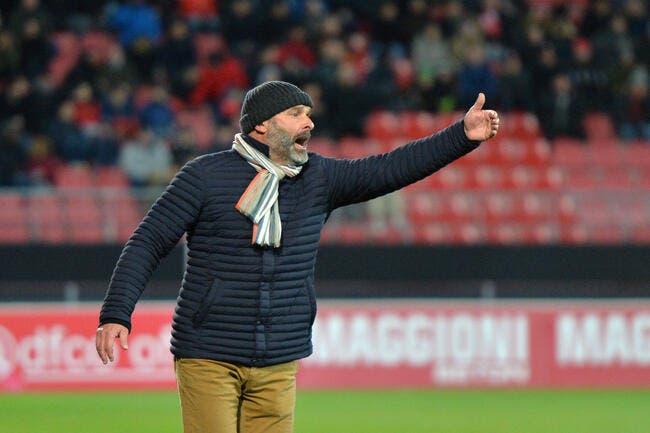 TFC : Dupraz allume Ménès «qui se croit footballeur car il fait 10 jongles»