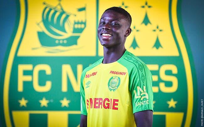 Un jeune de 16 ans passe pro — Nantes