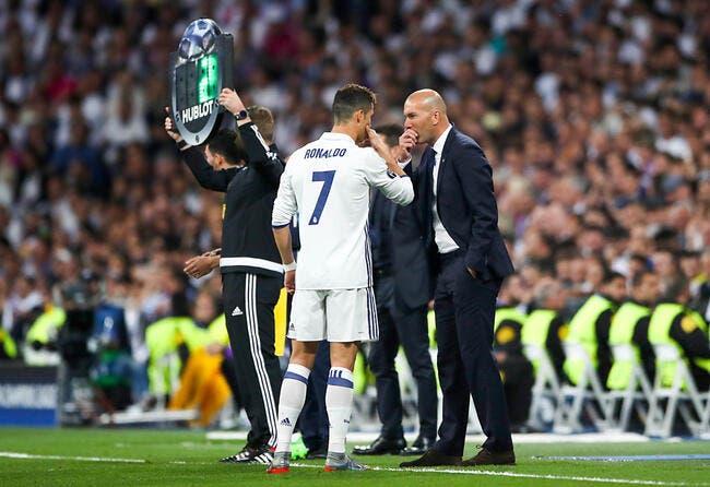 Real Madrid : Cristiano Ronaldo préfère Zidane entraineur que joueur