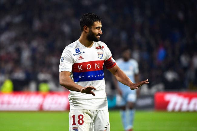 OL : Dugarry demande à Deschamps de ne plus snober Fekir !