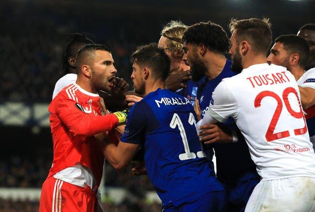 OL: Everton bannit un supporter violent