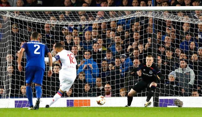 Koeman taclé par l'arbitre d'Everton-Lyon — Ligue Europa