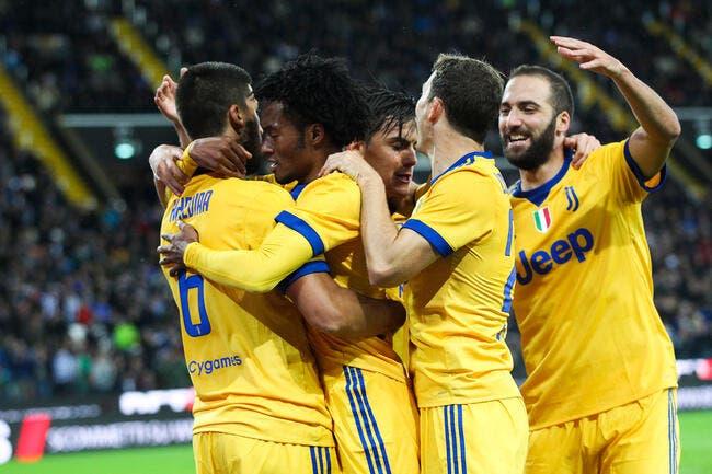 Serie A : Un rouge, un triplé de Khedira... La Juve fait le spectacle
