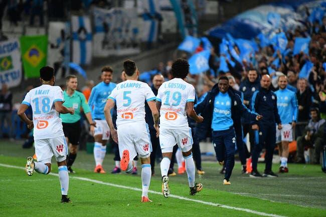 OM : Luiz Gustavo applaudit ce Vélodrome qui a mis le feu face au PSG