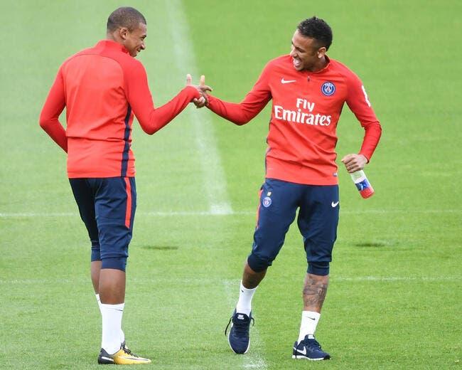 PSG : Neymar-Mbappé, la photo qui fait peur aux défenseurs