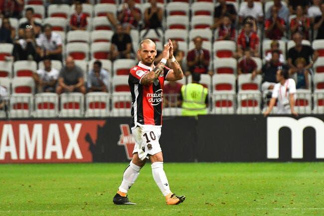 Nice: Sneijder n'est pas blessé, il est juste en surpoids...