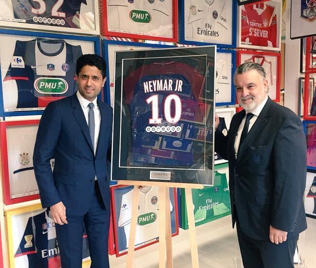 PSG : Al-Khelaifi offre un maillot de Neymar au musée de Louis Nicollin