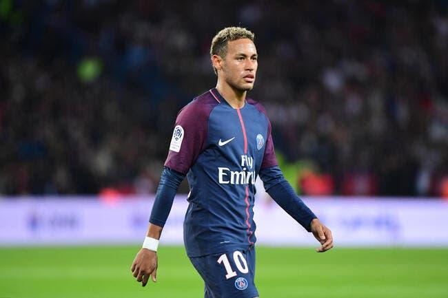 PSG : Neymar se dit «très honoré» d'être dans le musée de Louis Nicollin
