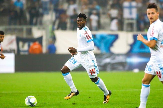 Luiz Gustavo en a marre de prendre des cartons jaunes — Marseille
