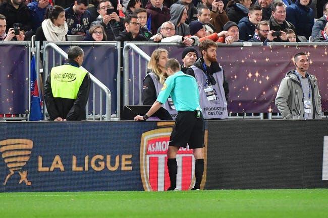 CdL : Julien Cazarre «dégoûté» par le vidéo-arbitrage de PSG-Monaco