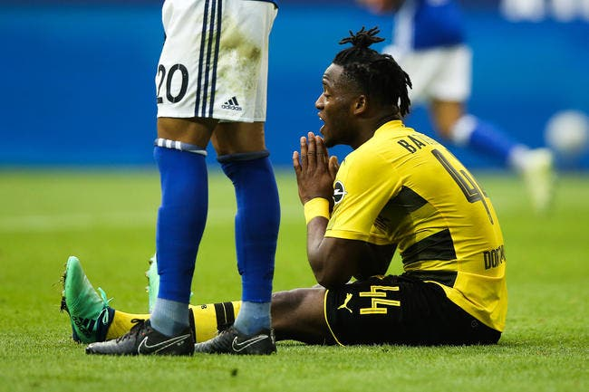 Borussia Dortmund : Fin de saison pour Michy Batshuayi...