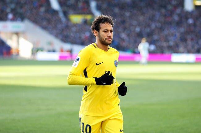 PSG : Bravo demande à Neymar de faire un effort avec Paris