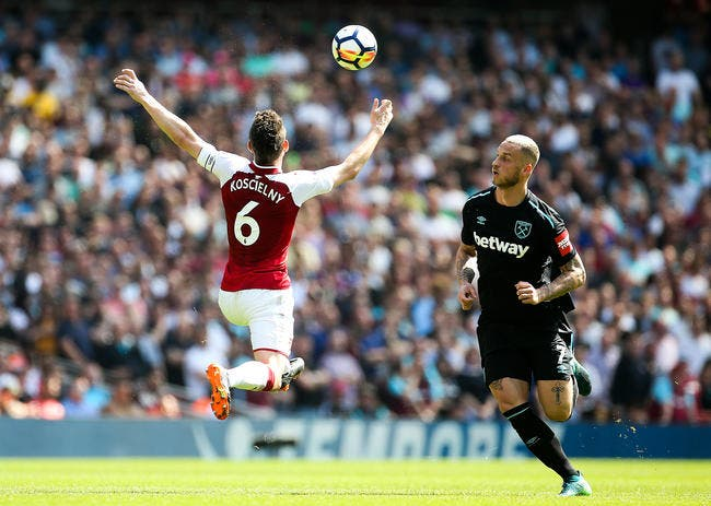 PL : Doublé de Lacazette et victoire d'Arsenal dans le derby