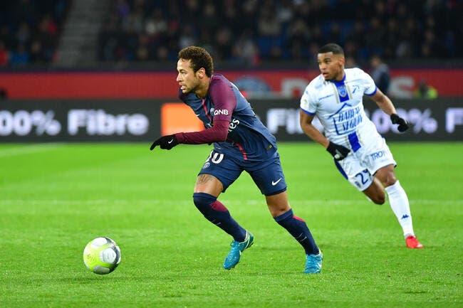 PSG : Neymar se détruit au PSG ! Une légende balance !
