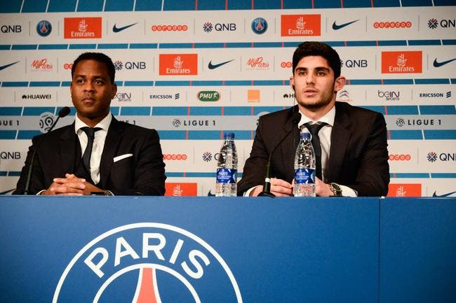 PSG : Kluivert accuse Emery