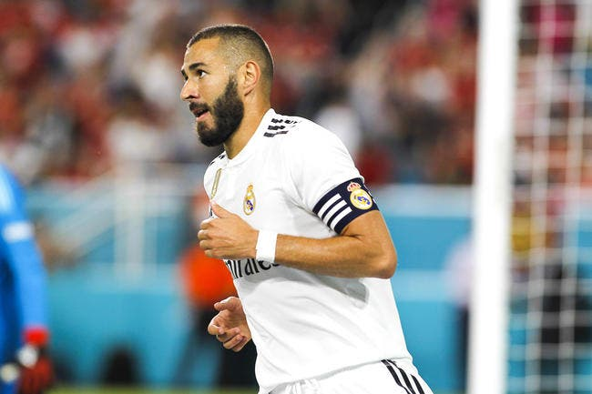 Benzema buteur, le Real chute — Amical