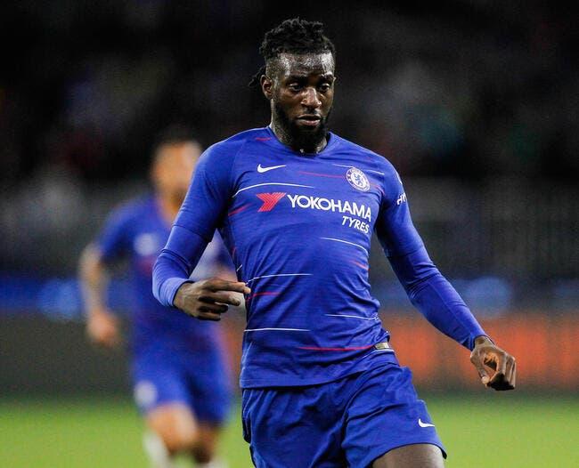 Officiel : Tiémoué Bakayoko prêté au Milan AC avec option d'achat
