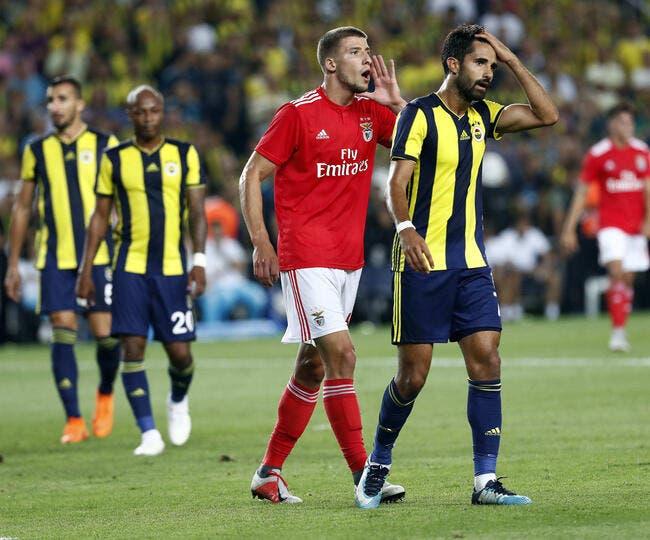 OL: Benfica sort du silence pour Ruben Dias, Aulas n'a plus le choix