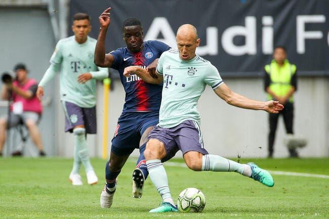 PSG : Pierre Ménès réclame Nsoki, il doit être titulaire au PSG !