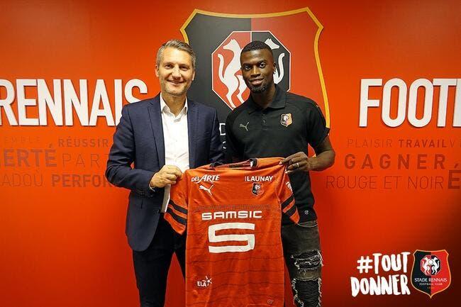 Officiel : M'Bbaye Niang signe à Rennes